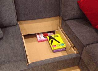 A corner storage tray